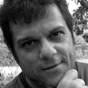 Gustavo Michanie - Columnista